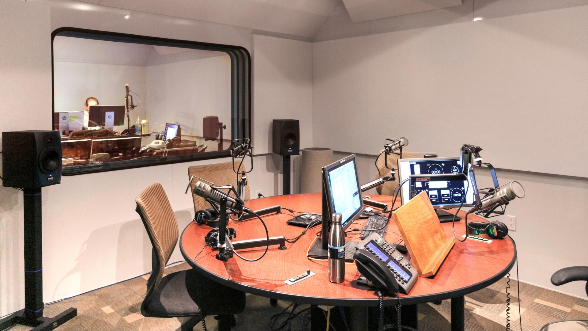 broadcasting studio public radio mecart_inside2
