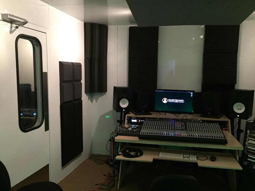 Professional Recording Studios - 1000 x 750